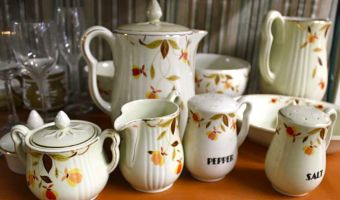 Vintage Treasures & Antiques: Oldie goldies